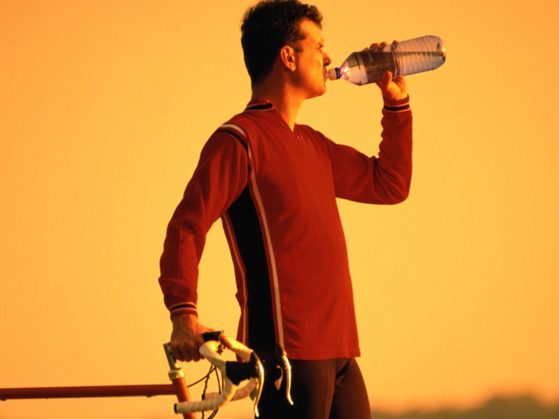 News Picture: Aging Brains Gain More From Exercise With Good Hydration
