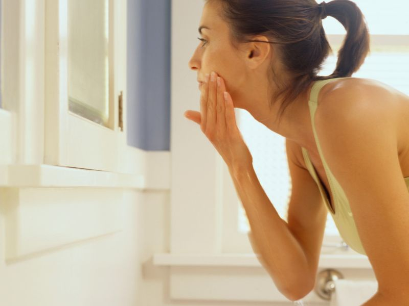 News Picture: Expert Tips for Taming Oily Skin