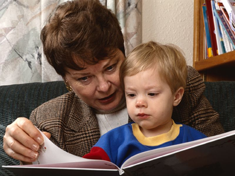 News Picture: Reading to Your Kids Might Boost Their Social Skills