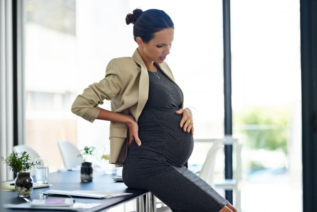 Pregnant woman with pain in belly.