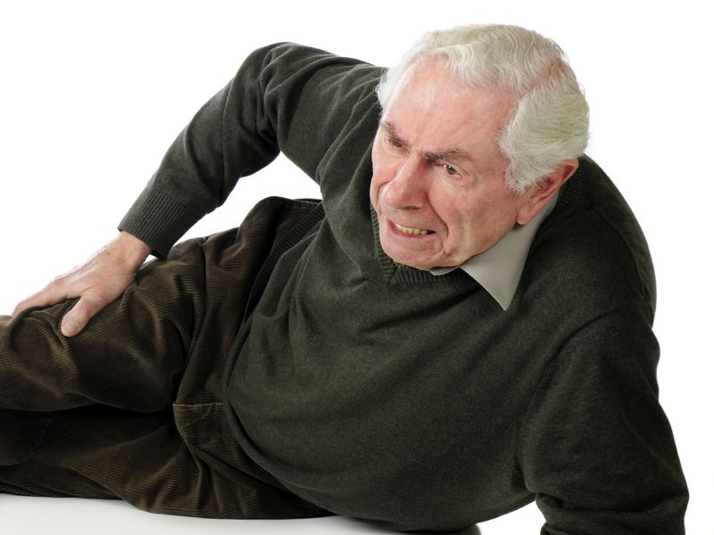 News Picture: Deadly Falls On the Rise Among U.S. Seniors