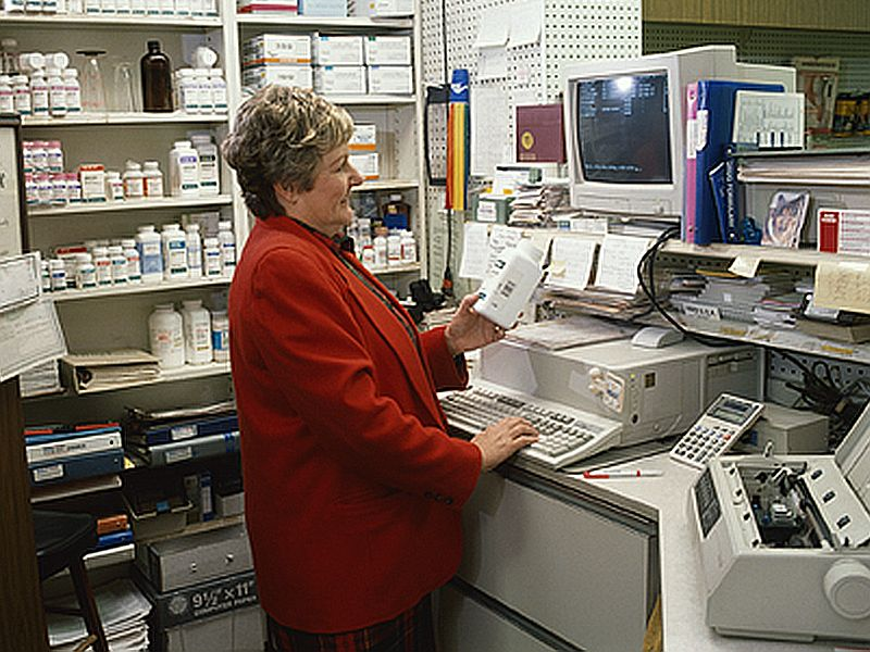 News Picture: Generic Drugs Don't Always Push Prices Down
