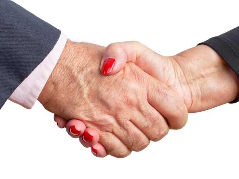 News Picture: Helping Hand: Men's Grip Strength May Up Marriage Prospects