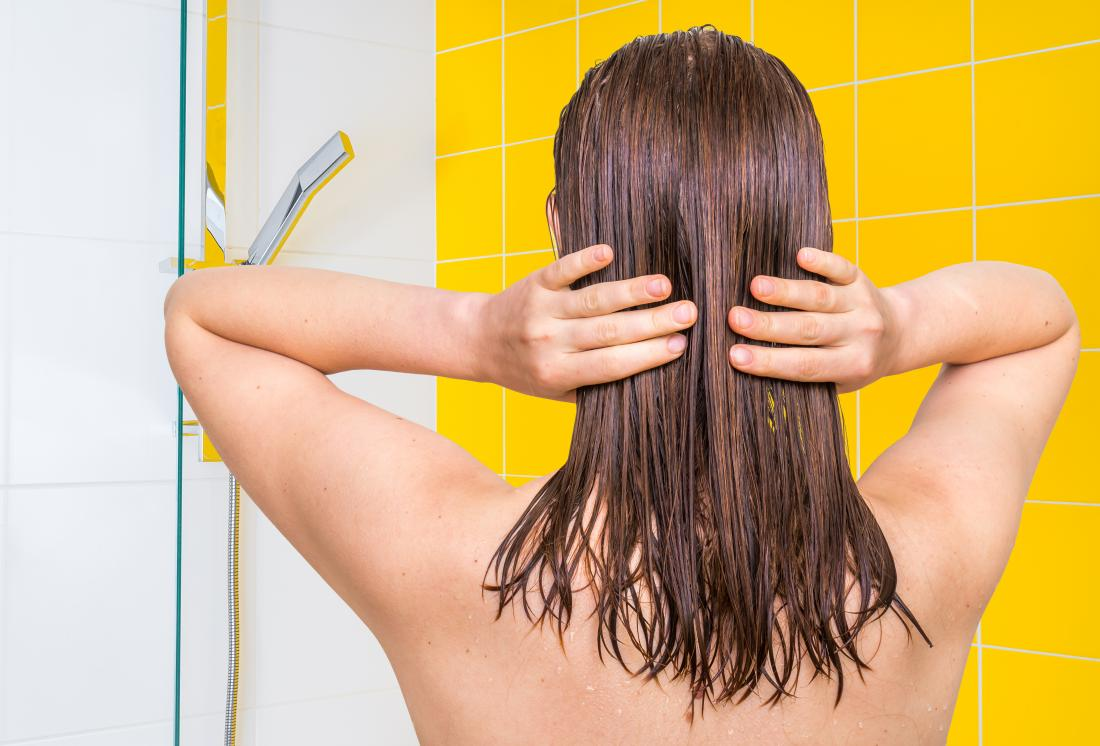 Hot oils can add shine to dry hair