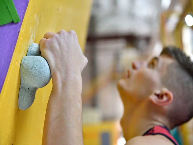News Picture: Rock Climbing Goes Mainstream for Exercise Buffs
