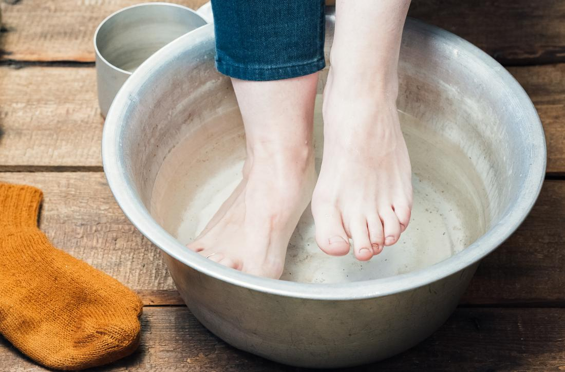 Vinegar foot bath soak
