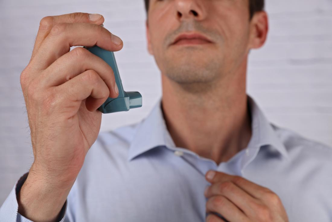 Man holding a bronchodilator<!--mce:protected %0A-->for copd exacerbation treatment
