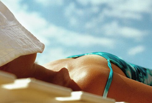 Sun-Damaged Skin: Pictures of Sun Spots, Wrinkles, Sunburns