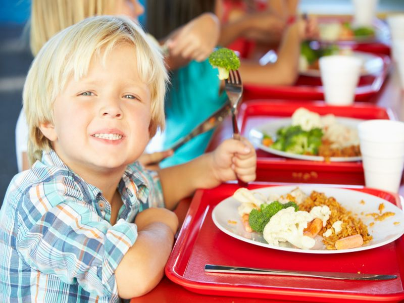 News Picture: The Skinny on Schools' Efforts to Promote Healthy Eating