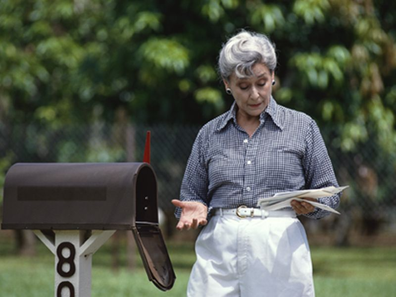 News Picture: Could the U.S. Mail Deliver Better Colon Cancer Screening Rates?