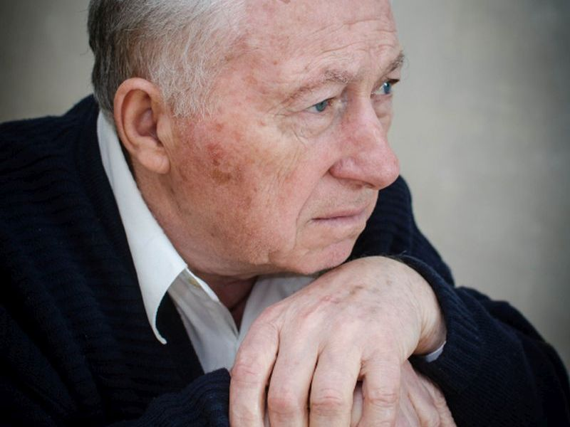 News Picture: Poor Health Compounds Loneliness in Seniors