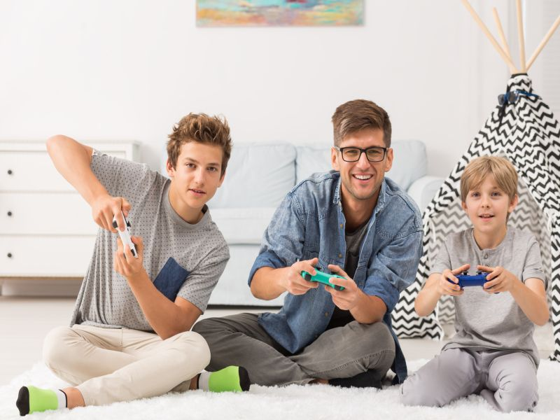 News Picture: Strengthening Family Ties Through Online Gaming