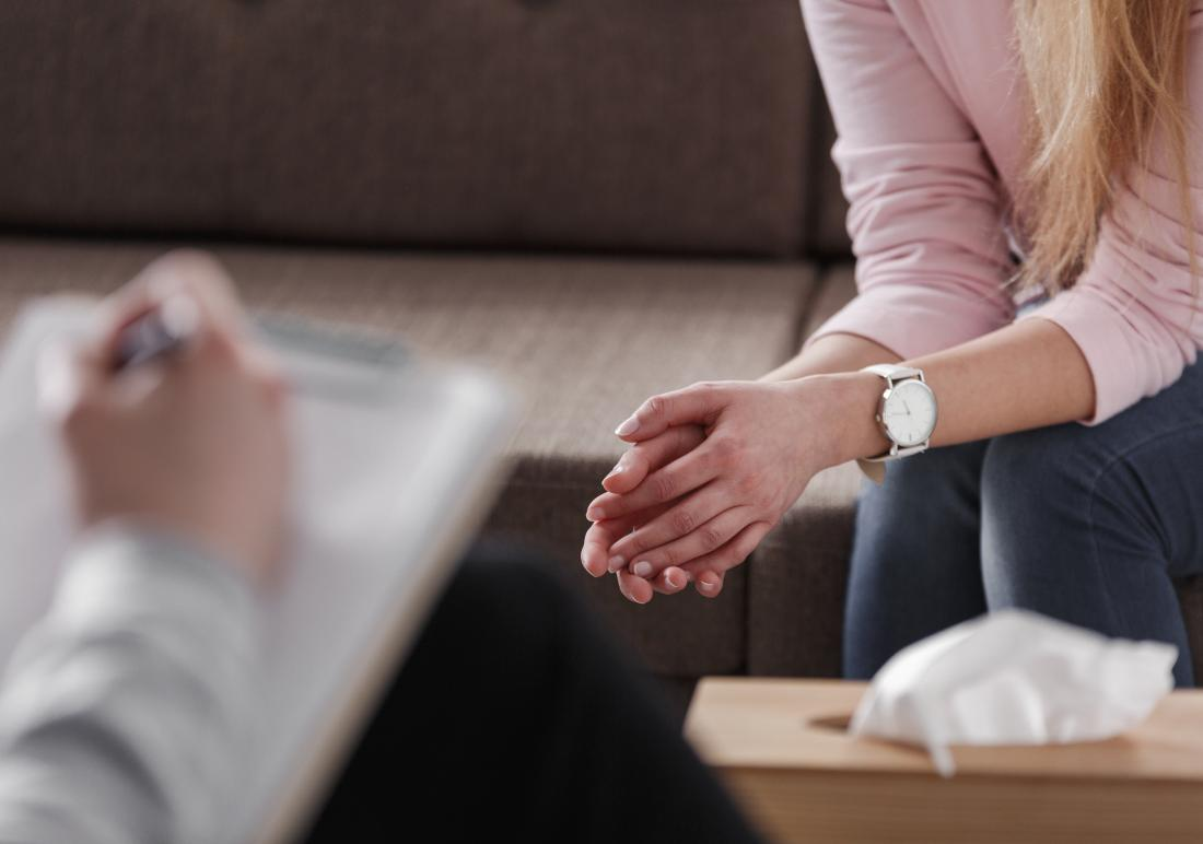 Lady receiving CBT for bipolar mania