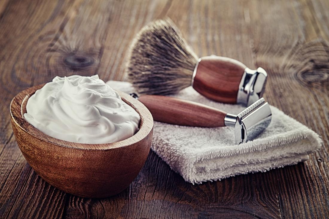 Shaving razor and cream to remove facial hair at home