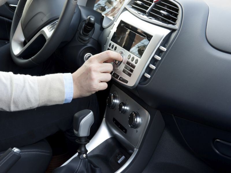 News Picture: Voice-Assisted Tech Can Be a Driving Hazard