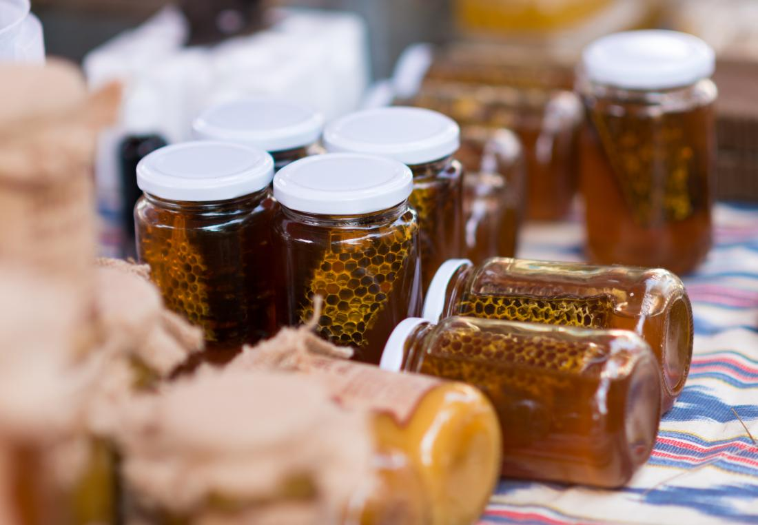 Raw honey has anti-inflammatory properties.