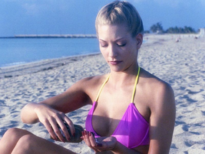 News Picture: Does Your Sunscreen Work for You?