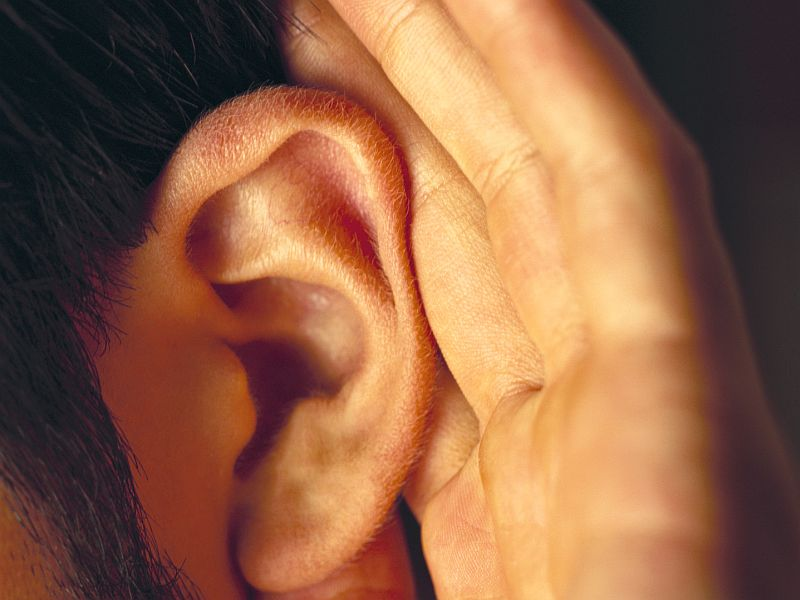 News Picture: Huhn? Scientists Working on Hearing Aid That Solves the 'Cocktail Party' Problem