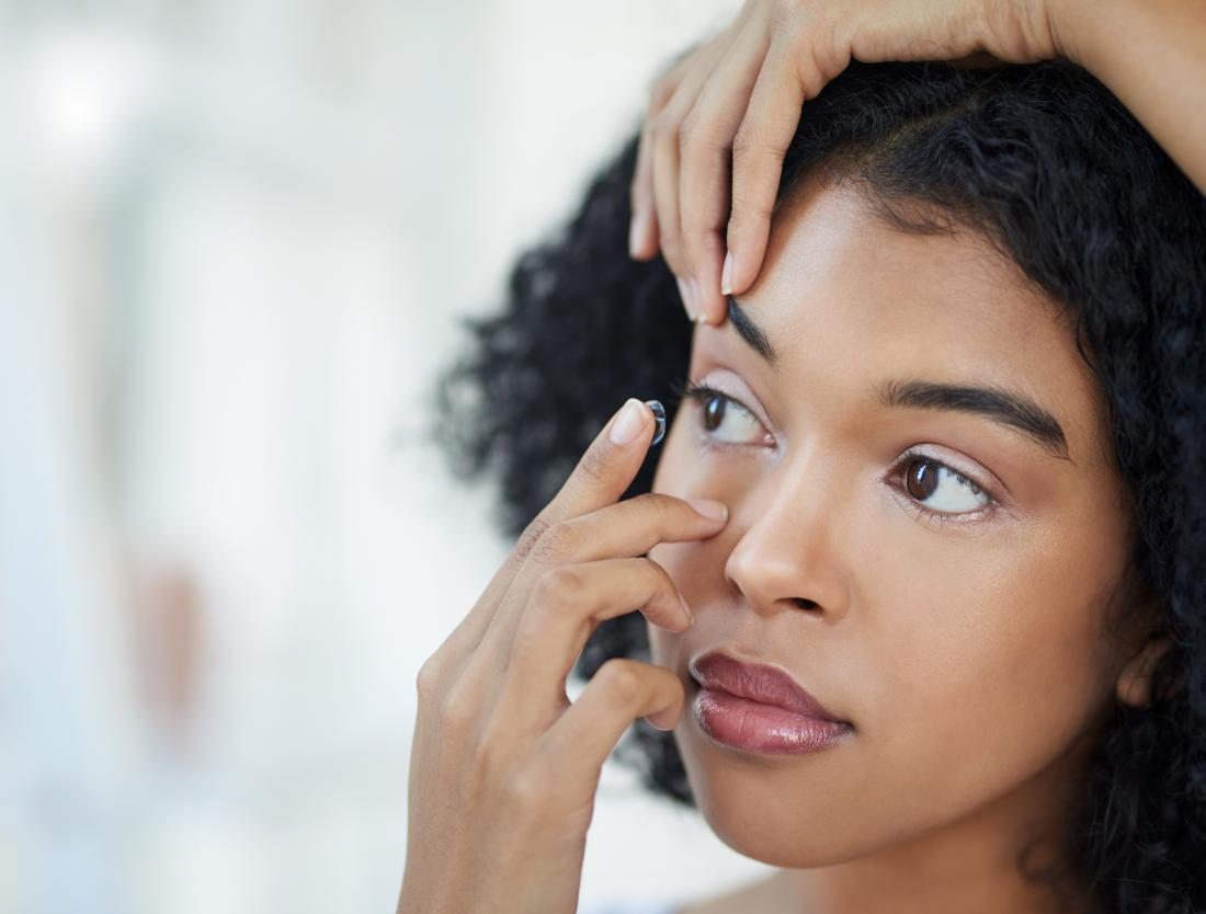 sore eyelid contact lenses