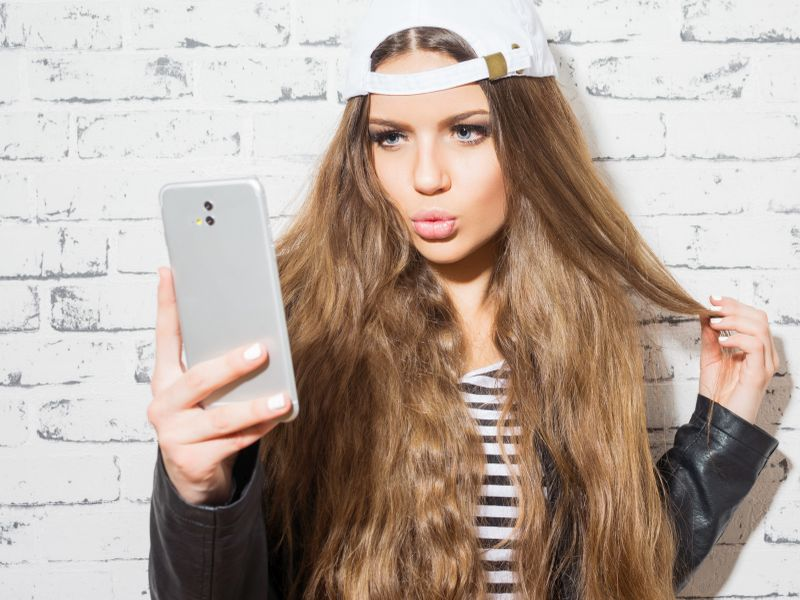 News Picture: Selfie Craze Has Young Americans Viewing Plastic Surgery More Favorably: Study