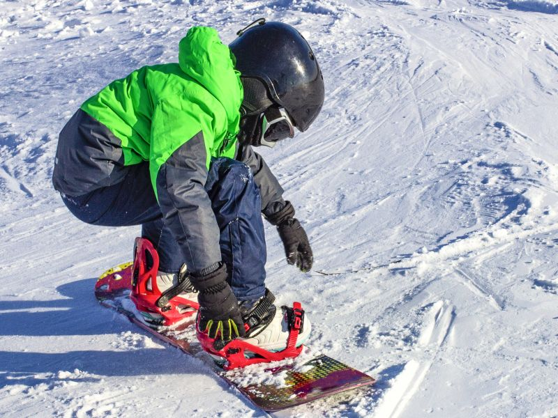 News Picture: Skiing, Snowboarding Injuries Most Severe Among Younger Kids