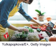 News Picture: AHA News: High Blood Pressure, Unhealthy Diets in Women of Childbearing Age