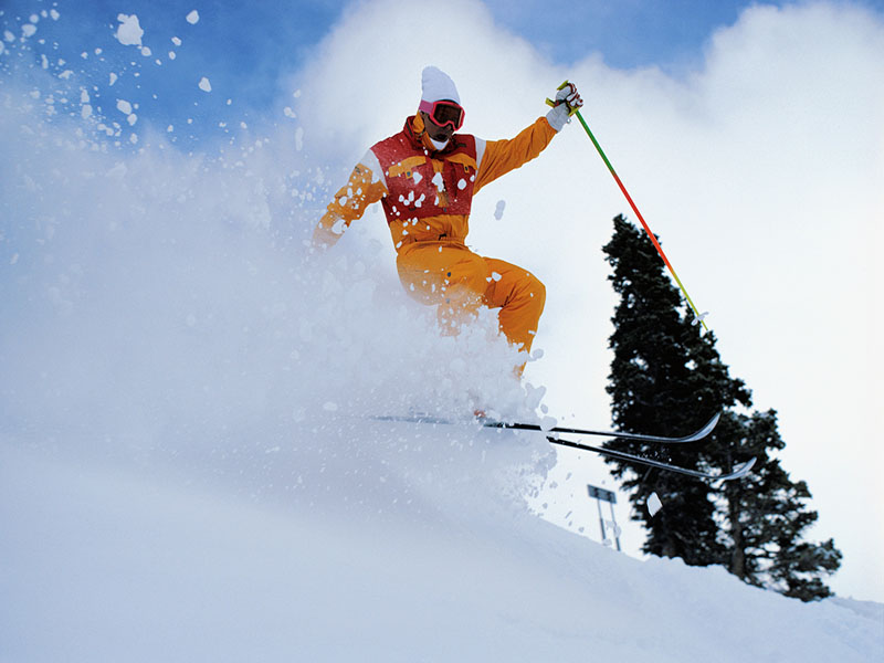 News Picture: 5 Expert Tips for Preventing Winter Sports Accidents