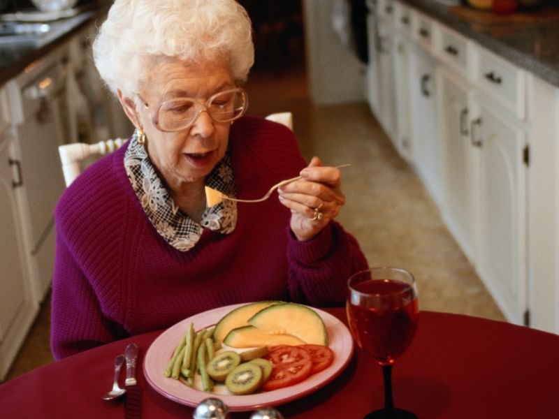 News Picture: Diets Rich in Fruits, Veggies Could Lower Your Odds for Alzheimer's