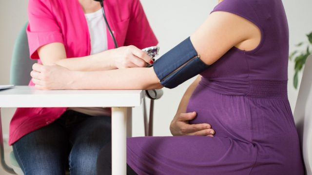 What to know about high blood pressure during pregnancy