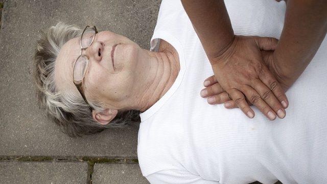 Bystanders Key to Cutting Cardiac Arrest Deaths