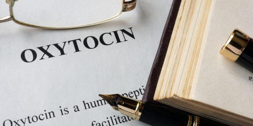 How does oxytocin control the brain's social reward circuit?