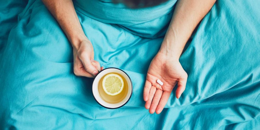 How to treat a cold or flu at home