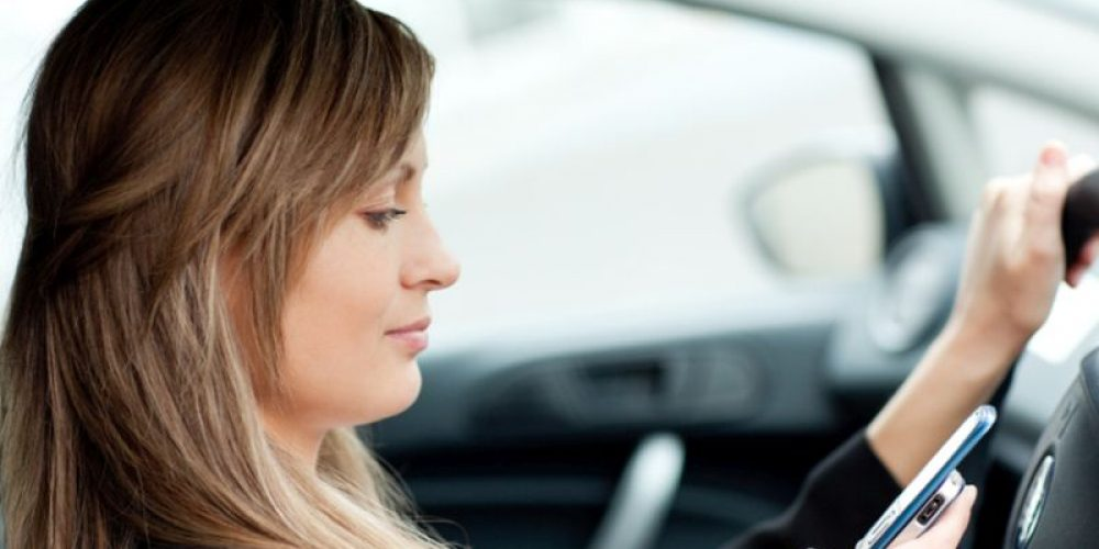 2 of 3 Parents Read Texts While Driving
