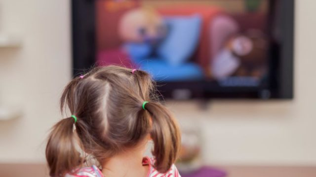 TV Not a Good Sleep Aid for Young Kids