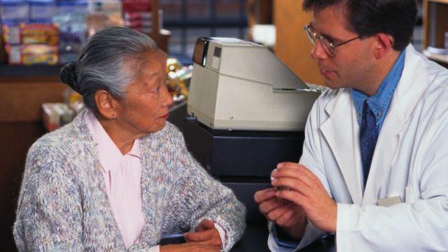 Why So Many Older Women Develop UTIs