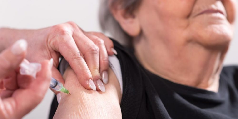 Heart failure: Flu vaccine could save lives