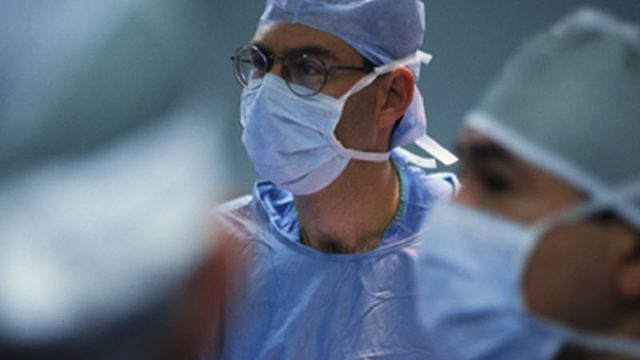 'Unprofessional' Surgeons Hurt Patient Outcomes: Study