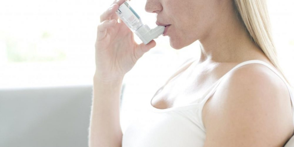 How does asthma affect pregnancy?