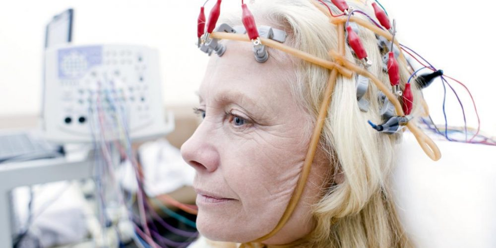 Syncing brain waves may fight age-related memory problems