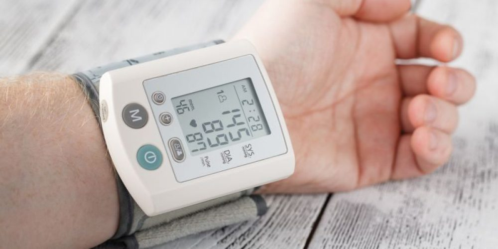 Aggressive Blood Pressure Treatment Does Not Put Seniors at Risk: Study