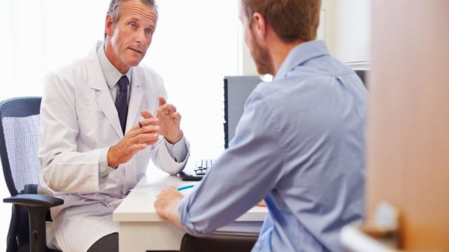 At-Risk Men May Also Benefit From Regular Mammograms