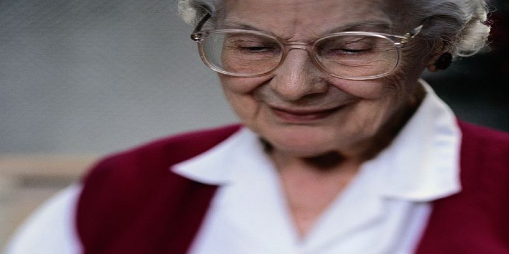 Alzheimer's Vaccine Shows Promise in Mice