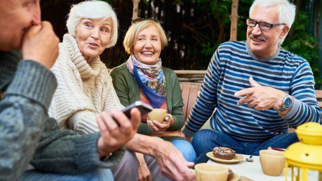 Can social interaction predict cognitive decline?