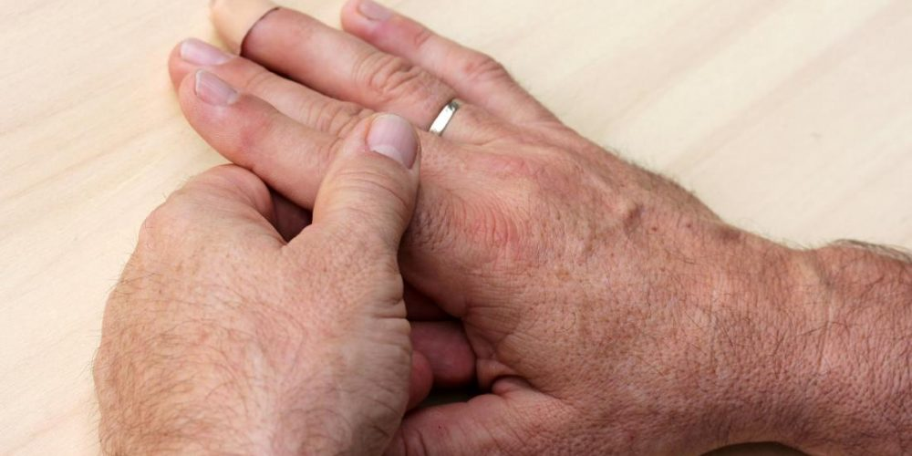 Causes and treatment of finger pain
