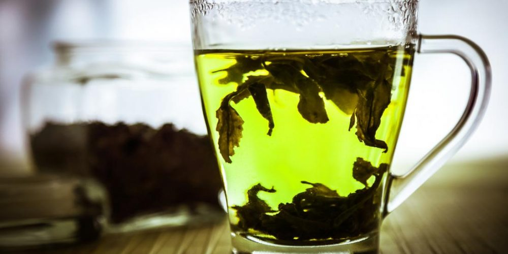 Lung cancer destroyed with tea leaf nanoparticles