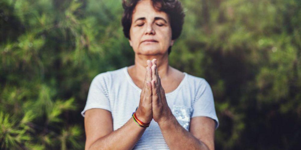 Menopause: Mindfulness may reduce symptoms