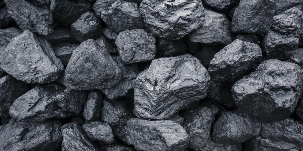 Using coal as a potent antioxidant