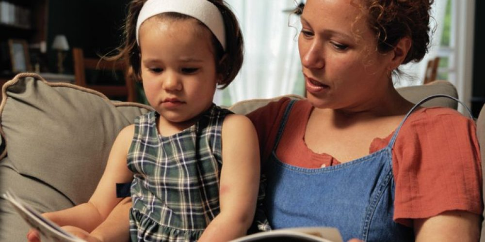 Paper Books Beat Tablets for Parent-Child Interactions, Study Finds