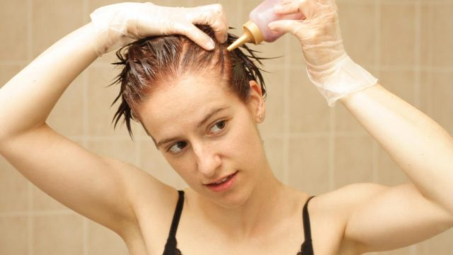 Breast cancer: Does hair dye increase risk?