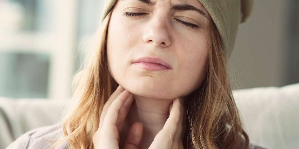 Burning throat: 7 causes and how to treat them